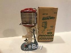 1957 K&O Mercury Mark 75 Red & Cream Toy Outboard Boat Motor withOriginal Box