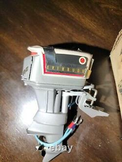 1958 Evinrude Starflite Fat Fifty K&O Toy Outboard Motor New