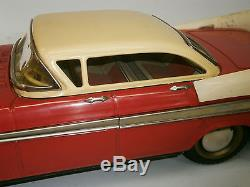 1960's AMAZING VINTAGE OLD RED TIN TOY CLASSIC CAR BATTERY OPERATED FOREIGN