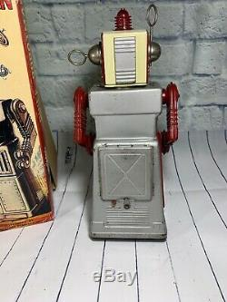 1960s KO Yoshiya / Japan Battery Operated Chief Robot Man With Original Box