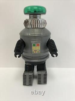 1977 12 Ahi Lost in Space Battery Operated Robot in Perfect Working order