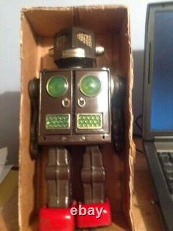 Attacking Martian, vintage, boxed, 1960's battery operated robot, VG Working