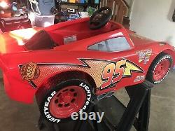 Disney Pixar Cars 3 Lightning McQueen 6V Battery-Powered Ride On Power Wheels