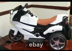 Electric kids motorcycle 6V MP3, USB, Lights, (white&red)