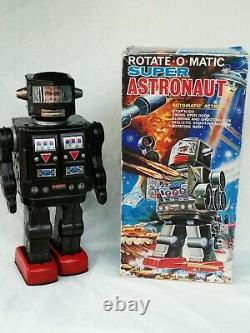 Horikawa SH Japan Super Astronaut Robot Rotate-O-Matic Tin Toy Boxed