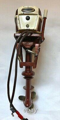 K&O 1956 Johnson 35HP vintage toy outboard motor works great