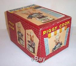 MINT 1950's BATTERY OPERATED PIGGY COOK TIN LITHO TOY JAPAN MIB works great