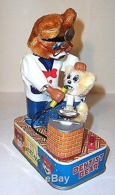 MINT 1950's DENTIST BEAR BATTERY OPERATED TIN TOY HORIKAWA JAPAN works great
