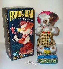 MINT 1950's FISHING BEAR BATTERY OPERATED TIN LITHO TOY ALPS JAPAN MIB