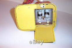 MINT 1950s BATTERY OPERATED BURGER CHEF TIN LITHO DOG TOY JAPAN PIGGY COOK works