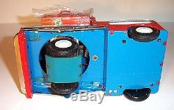 MINT 1950s BATTERY OPERATED B-Z TRAIN PORTER TIN LITHO TOY JAPAN M-T Co. MIB