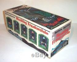 MINT 1960s BATTERY OPERATED MOD MONSTER FRANKENSTEIN TIN LITHO HALLOWEEN TOY MIB