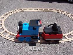 Pick up Only Peg Perego Thomas the Train ride on with circle track sandwich il