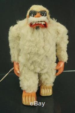 Rare 1960s Marx Yeti Abominable Snowman Robot Tin Toy Battery Operated Monster