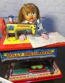 RARE VINTAGE DOLLY DRESSMAKER Tin Toy Seamstress Sewing Machine Japan T. N