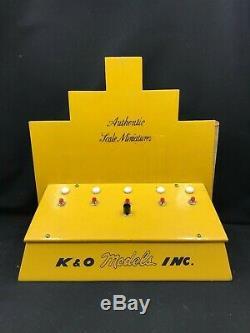 SUPER RARE K&O Toy Outboard Five Motor Dealer Display Stand Works