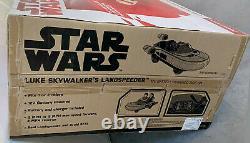 Star Wars Luke Skywalker's Landspeeder 12-Volt Ride On Radio Flyer Car