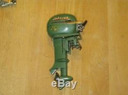 VINTAGE JOHNSON SEAHORSE 25 HP OUTBOARD TOY BOAT MOTOR w BOX Japan RARE