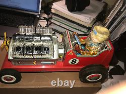 Vintage 1950's DAIYA Japan Tin Litho Battery Operated V8 ROADSTER Red Car in Box