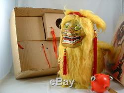 Vintage Battery Operated Toy ME 795 Lion Playing Ball WithBox 1960's Red China