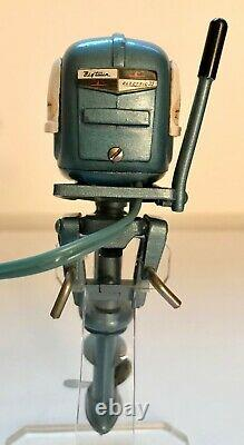 Vintage K&O 1955 Evinrude Toy Outboard Motor with Repro K&O Box WORKS GREAT
