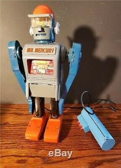 Vintage Marx MR. MERCURY Battery Operated Robot non-working