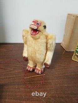 Vintage White Gorilla Battery Operated Tin Toy Japan Nomura TN with Box Works