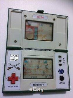 Vintage Zelda Game & Watch electronic battery operated Video game console toy