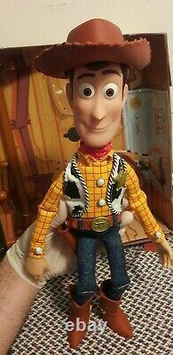 Woody The Sheriff (Toy Story Collection) Original Exact Replica in Spanish
